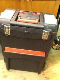 Mobile tool storage box