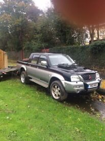 mitsubishi PICK UP L200 4x4 .. low miles
