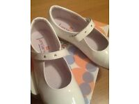 White patent leather communion shoes size 2