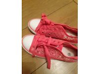 Ladies size 5 shoes new