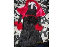 cruella de ville age 2/3 years by disney store i have the wig
