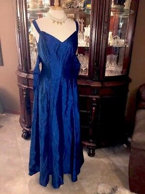 DESIGNER FORMAL EVENING BALL GOWN Victor Costa Dress ROYAL BlUE VTG 70 Big Sweep