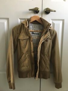 TNA camel fall/winter jacket, size XS - great condition