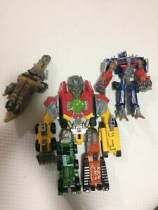 3 old school transformers in fantastic condition.