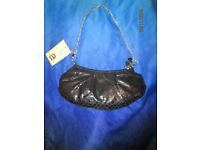 BLACK SNAKESKIN PATTERNED HANDBAG WITH CHAIN STRAP BY BARRETTS NEW WITH TAGS