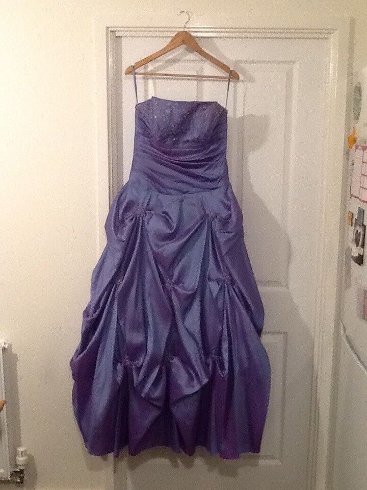 Atractivo Bridesmaid Dresses Derbyshire Ideas Ornamento Elaboración ...