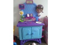 Doc Mcstuffins Get Better Check Up Centre with accessories £25