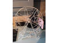 Cup Cake ferris wheel