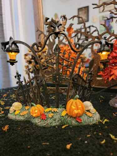 Dept 56 - Halloween Village Accessories  - Gothic Gate 800027 Lit
