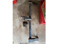 TOW BAR HITCH BRACKET