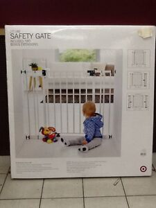 Deluxe safety gate #97019 Hectorville Campbelltown Area Preview