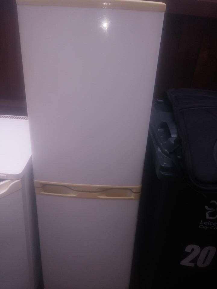 Mid sized fridge freezer