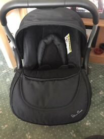 Silver cross car seat and ISO fix base