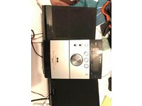 CD player with speakers in excellent condition