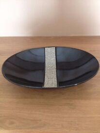 1 x Large Centre Piece Bowl with Diamante Detail New and Unused