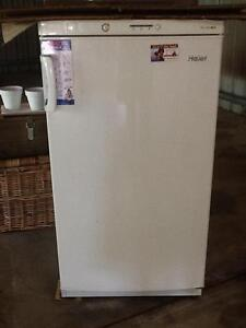 Upright freezer 160lt Woombye Maroochydore Area Preview