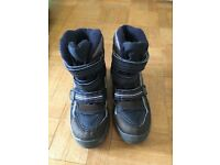 Snow Boots size 4 adult