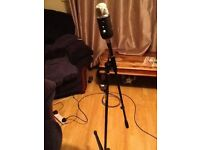 Blue Yeti Pro Microphone + stand and pop filter