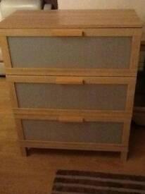 chest of drawera