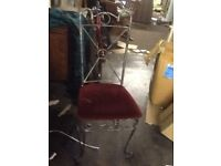 Iron table with 4 chairs reduced to clear £45