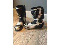 RST white motorbike racing boots - size 9