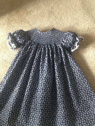 READY TO SMOCK NAVY BLUE AND WHITE FLOWER PRINT BISHOP DRESSES SIZES 3MOS TO 4T