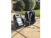 Maxi Cosy Pearl Car Seat With Iso Fix Base