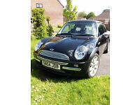 Mini Cooper - Full Leather, Panoramic Sunroof, Excellent Throughout, 6-disc multi-changer, 2004/96k