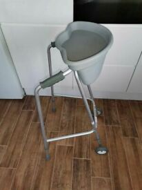 WALKING FRAME - ROLATOR IN GREAT CONDITION