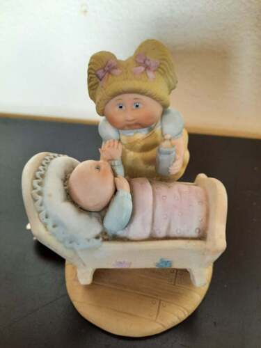 1984 Xavier Roberts cabbage Patch Kids porcelain figurine of little girl & baby
