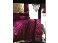 King size duvet cover+pillowcases+scatter cushions+curtains