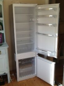 Bosch self defrosting integrated fridge/freezer. 1 year old in excellent working condition