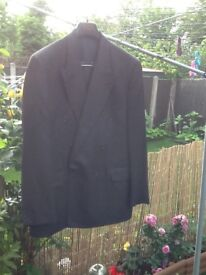 Horne Brothers Grey Charcoal suit 42 reg chest & 36 waist £18