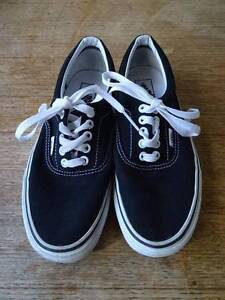 Vans black and white women's Size 8, men's size 6 Ainslie North Canberra Preview