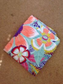 M&S Floral Beach Towel ** Very Good Condition **