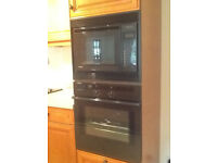 Microwave oven - not working - free to collect for spares/repair