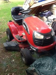 Ride-On Mower Richmond Hawkesbury Area Preview