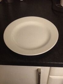Set of eight Churchill (hotel quality) dining plates