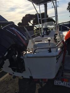 Bayonne custom boat Chisholm Tuggeranong Preview