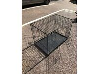 Metal collapsable medium sized dog crate