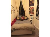 Double room for rent with additional box room for storage *STUDENTS PREFERRED*