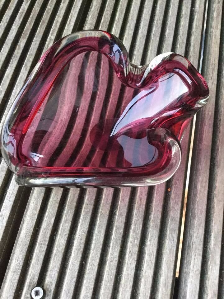 Murano vintage 1960s glass bowlin Denton, ManchesterGumtree - Beautiful vintage purple and clear glass bowl/ashtray 1960s or 70s. never used as an ashtray so does not smell! very heavy