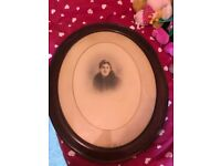 Antique oval wooden frame VERY OLD NEEDS ATTENTION**