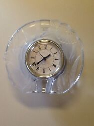 Narcissus Flowers 5 1/2 Tall Fifth Avenue Crystal Clock Frosted Glass