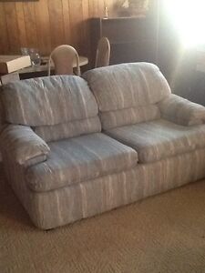 Set of 2 couches