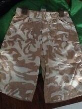 Size 4 designer shorts GUMBOOTS Cornubia Logan Area Preview