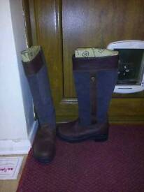 Ladies ariat country boots