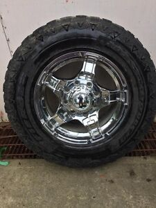 18 x10 rims to fit 2011 and up chevy 3/4 or 1 ton