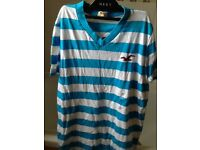 HOLLISTER T-SHIRT SIZE SMALL (BRAND NEW)