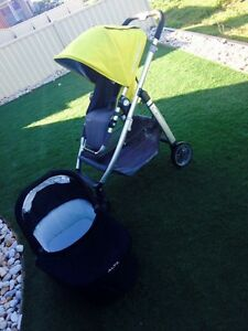 Alta baby pram with bassinet Hoppers Crossing Wyndham Area Preview